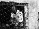 Commercio africano 2. Aperto h 9-13/15-17, chiuso Domenica // African trade 2. Open h 9-13/15-17, Closed Sunday (bairro de Beira, Sofala)
